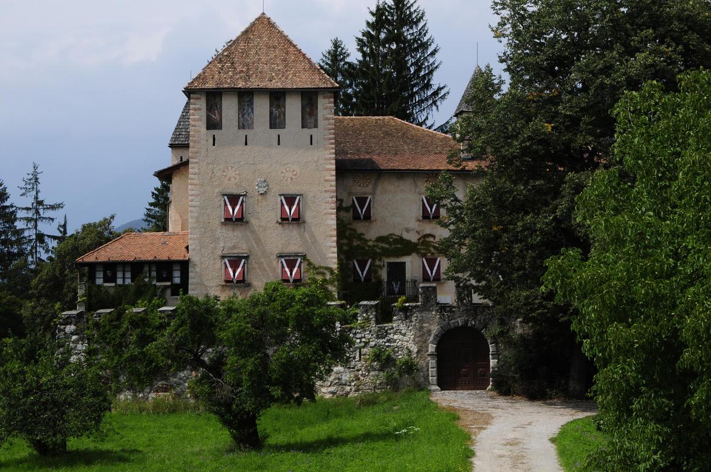 Schloss malgolo trentino cultura for Castel vasio