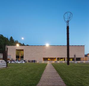 Mart museo di arte moderna e contemporanea di trento e for Biblioteca di storia moderna e contemporanea