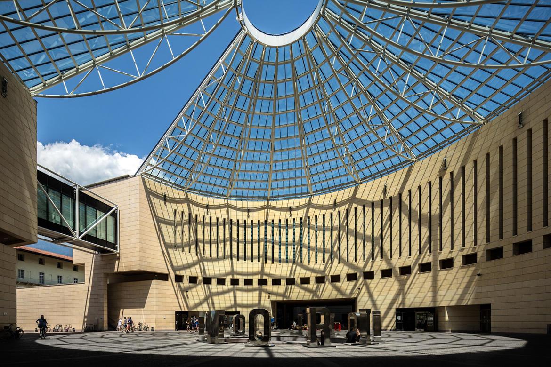Mart museo di arte moderna e contemporanea di trento e for Architettura moderna e contemporanea