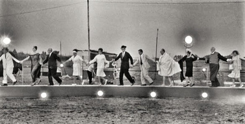 "NINE - Das Musical aus dem Film ""8 e ½"" von Federico Fellini ..."