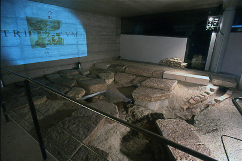 tridentum trento sotterranea - photo#3